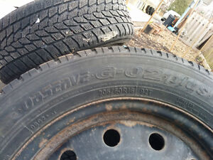 Pneus/Tires hiver/winter toyo observe 215/60/16