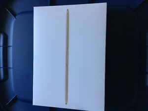 Gold 12 inch MacBook Retina - 2015 8GB/256GB/ intel M