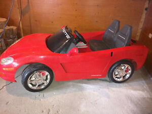 Battery Powered Child's Ride-On Convertible Car