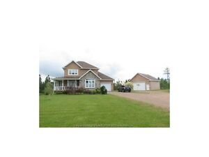 Great house, large lot and close to Dieppe