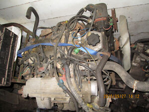 1988 toyota 4x4 22r-e engine and other parts axle shaft's etc