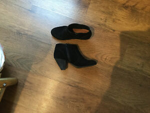 Aldo suede boots/booties size 7