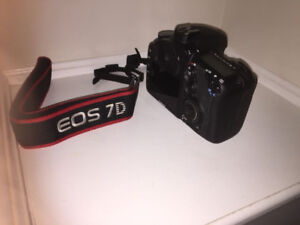 CANON EOS 7D + ACCESSORIES