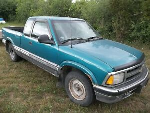 1994 GMC Sonoma Pickup Truck for parts