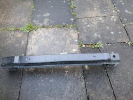 Passat b8 Estate 2015 reinforcement bar