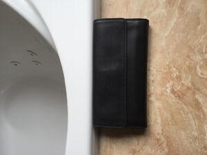 New Derek alexender wallet