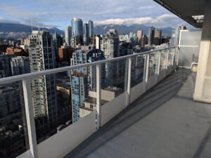 BEST VIEW. 40TH FL. YALETOWN. DOWNTOWN VANCOUVER. FURNISHED ROOM
