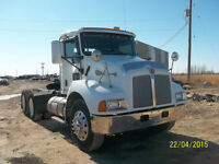 2006 Kenworth Day Cab T-300 (low kms) 13,200 font DSP41 rears
