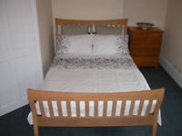 Taunton, double ensuite 465, fully furnished bills and wifi incl, couples ok, prof only