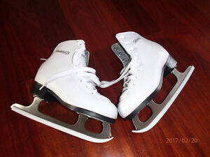 Girl's Figure Skates, Excellent Condition!