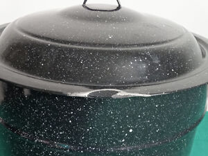 """Large canning pot with lid (10"""" tall and 41"""" diameter) Cornwall Ontario image 2"""