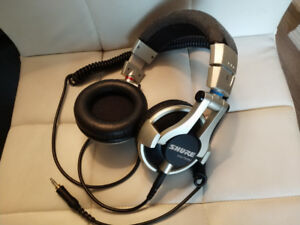 Shure SRH750DJ high   end headphone professional sound