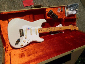 GUITARE FENDER USA MARY KAYE 1957/2007 SERIES