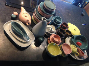 Dishes - Russel Wright Collectables