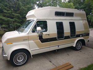 1978 Ford E-150 Chateau Camper Van Great Shape!