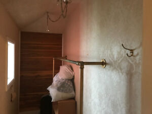 $425/mo, Summer Sublet 2 mins from DAL, All Inclusive!!!!!