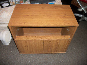 rolling hutch end table