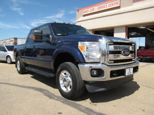 2012 Ford F250 XLT Pickup Truck- 21,800 KMS!