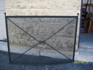 VERY STYLISH BLACK METAL FIRE SCREEN FOR SALE