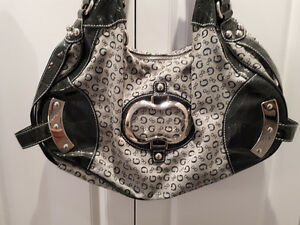 "SPACIOUS OVER THE SHOULDER ""GUESS"" PURSE.....LIKE NEW!"
