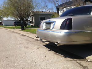 2000 Lincoln Town Car bagged, 20s and custom stereo