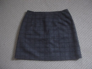 woman mini skirt made in Spain, fully lined