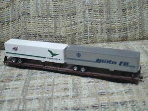 HO scale 85 foot piggyback flatcar with trailers