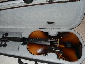 Stradivarius Copy Violin / Fiddle