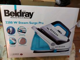 Beldray 2200 w steam surge Pro iron