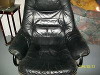 Chaise en cuir a donner