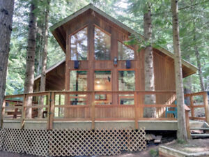 Recreational Cabin with RV Snowshed in Sunshine Valley - H73