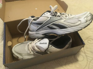 Brand new Reebok Running shoes, size 10