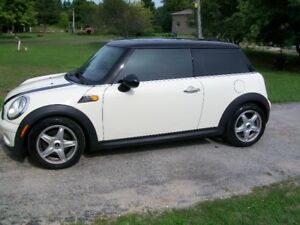 2010 MINI Mini Cooper 2-door Coupe (2 door)