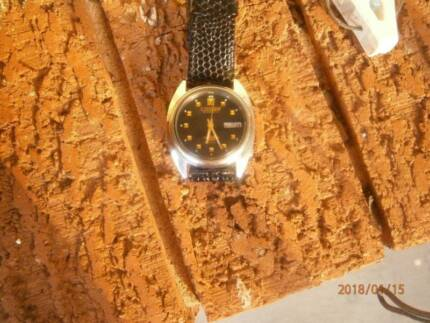 VINTAGE  1970S  CITIZEN  AUTOMATIC  FULLY  RESTORED