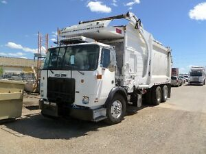 SELL PRICE written down on 2008 Heil front load on Autocar