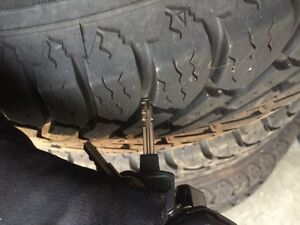 4 x 195/55 r15 Nordic track tires on rims  Sarnia Sarnia Area image 3
