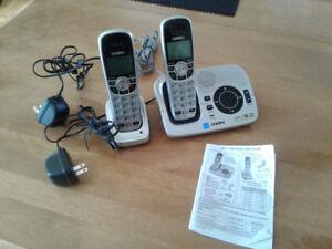 Téléphones (2) sans fil et répondeur