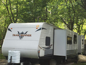 2013 Trail-Runner Travel Trailer 38QBBH by Heartland Cambridge Kitchener Area image 2
