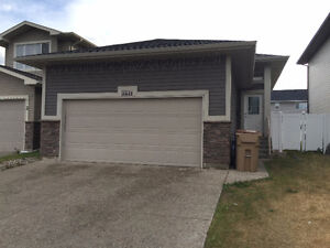 Harbour Landing House Basement with Garage Parking $1350