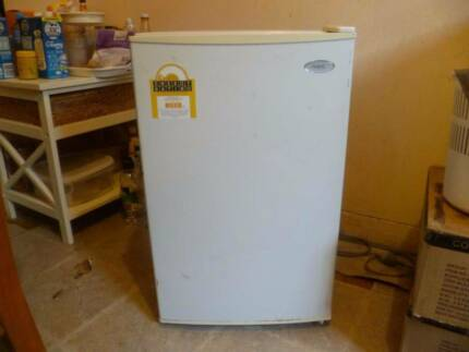 NEC BAR FRIDGE AND LG STAINLESS STEEL MICROWAVE 1250W 23L Roselands Canterbury Area Preview