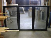 Fenetre Battant PVC/Alum - PVC/Alum. Casement Window