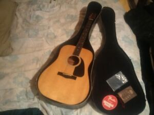 Fender Acoustic /Full Size with Case -quality player:great cond