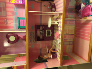 Barbie doll house, furniture, dolls, clothing and accessories