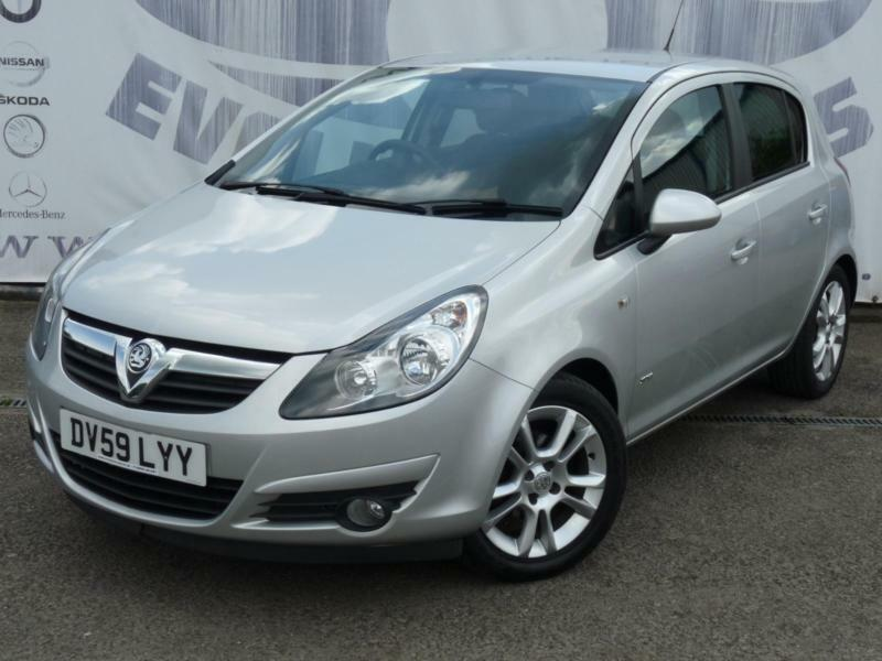 2009 vauxhall corsa 1 4 sxi a c 16v 5 door sports seats alloy wheels front fog l in caerphilly. Black Bedroom Furniture Sets. Home Design Ideas