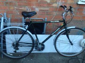 Men's hybrid bike