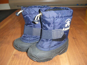 Bottes d'hiver KAMIK toddler winter boots - size 5 or euro 21