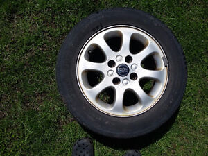 Volvo tires with rims