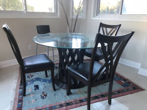 Modern Round Dining Table + 4 Side Chairs