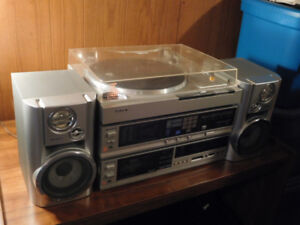 SONY STEREO SYSTEM TO SELL.