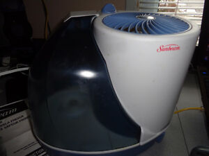 Sunbeam Cool Mist Humidifier  Model #1124